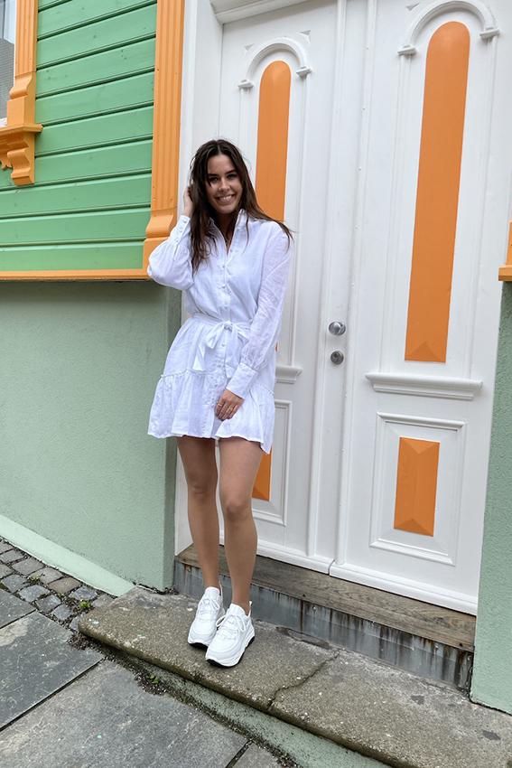 Silja linen dress white