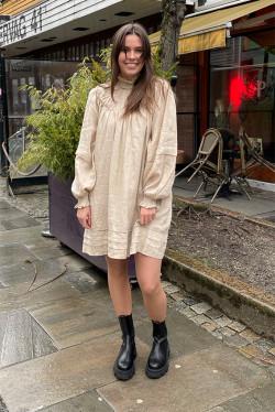 Apple Linen Dress Sand