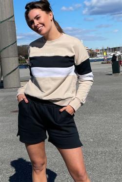 Joan Shorts Black